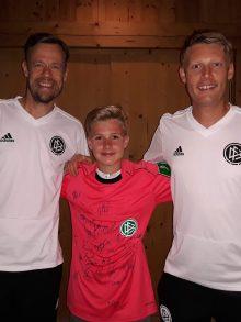 BSC Jung-Schiedsrichter Dominik Petzke trifft DFB Elite Schiedsrichter
